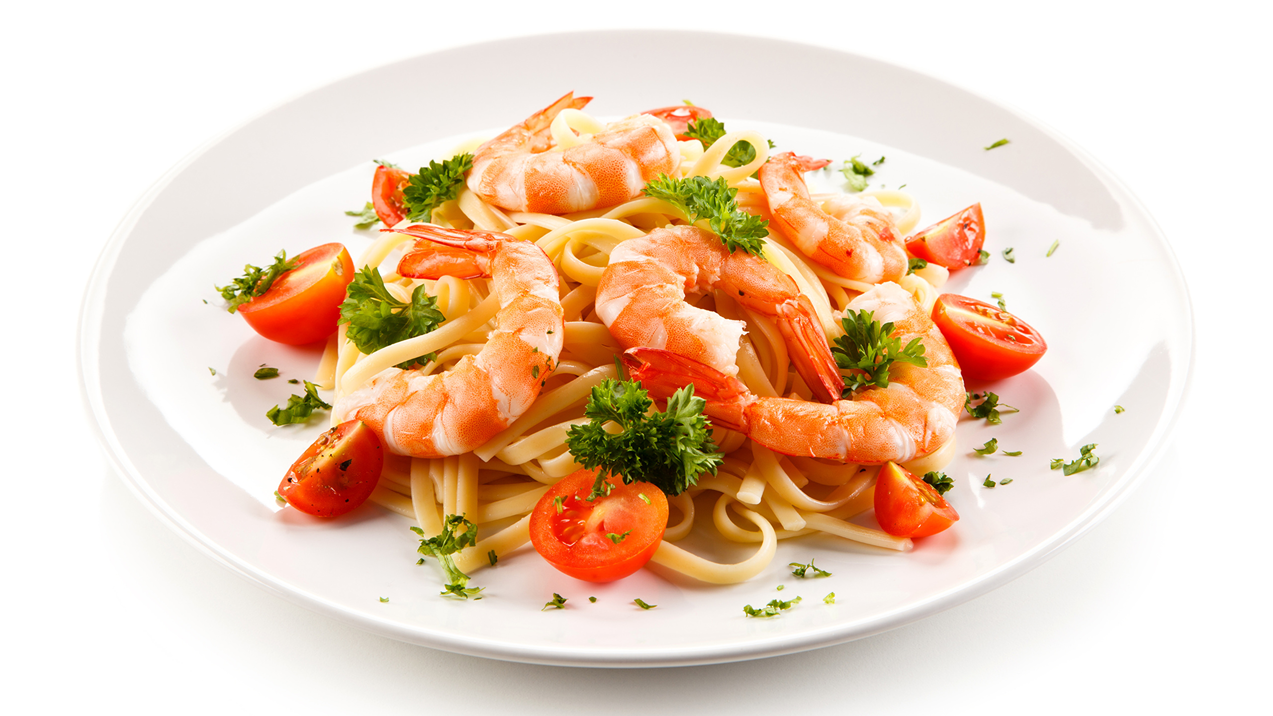 The_second_dishes_Shrimp_Tomatoes_White_background_517162_2560x1440